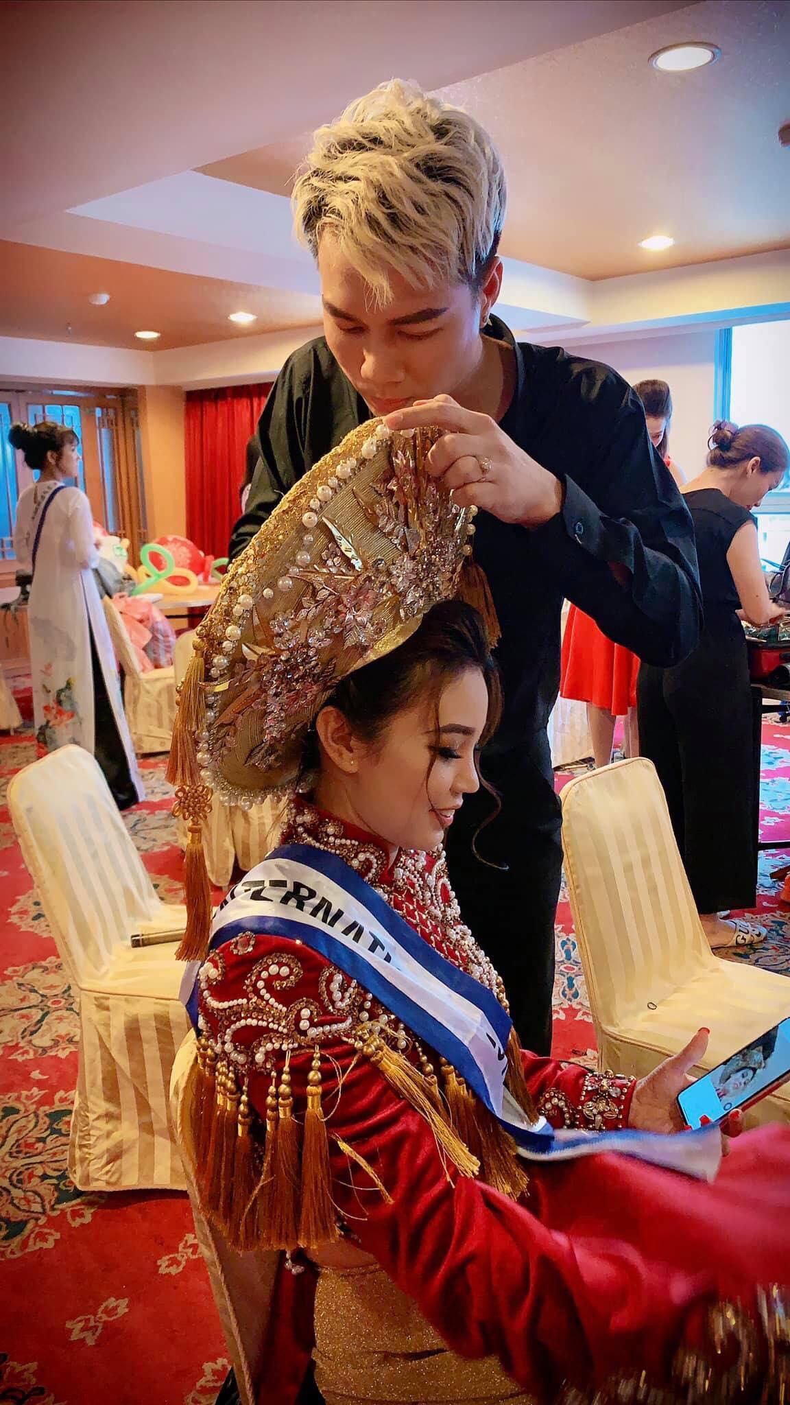 Nam vương Trường Tashi trở lại Đài Loan ngồi ghế giám khảo 4