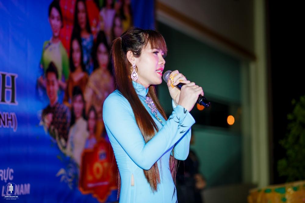 Chế Thanh, Thanh Kim Huệ biểu diễn trong đêm nhạc do HH Diễm Kyly tổ chức 4