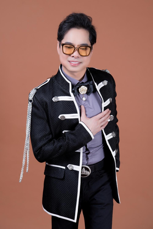 Danh ca Ngọc Sơn làm liveshow đặc biệt tại Thủ Đô 3