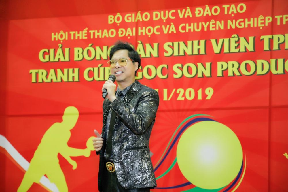 """""""Ông hoàng nhạc sến"""" Ngọc Sơn phối hợp tổ chức sân chơi thể thao cho sinh viên 4"""