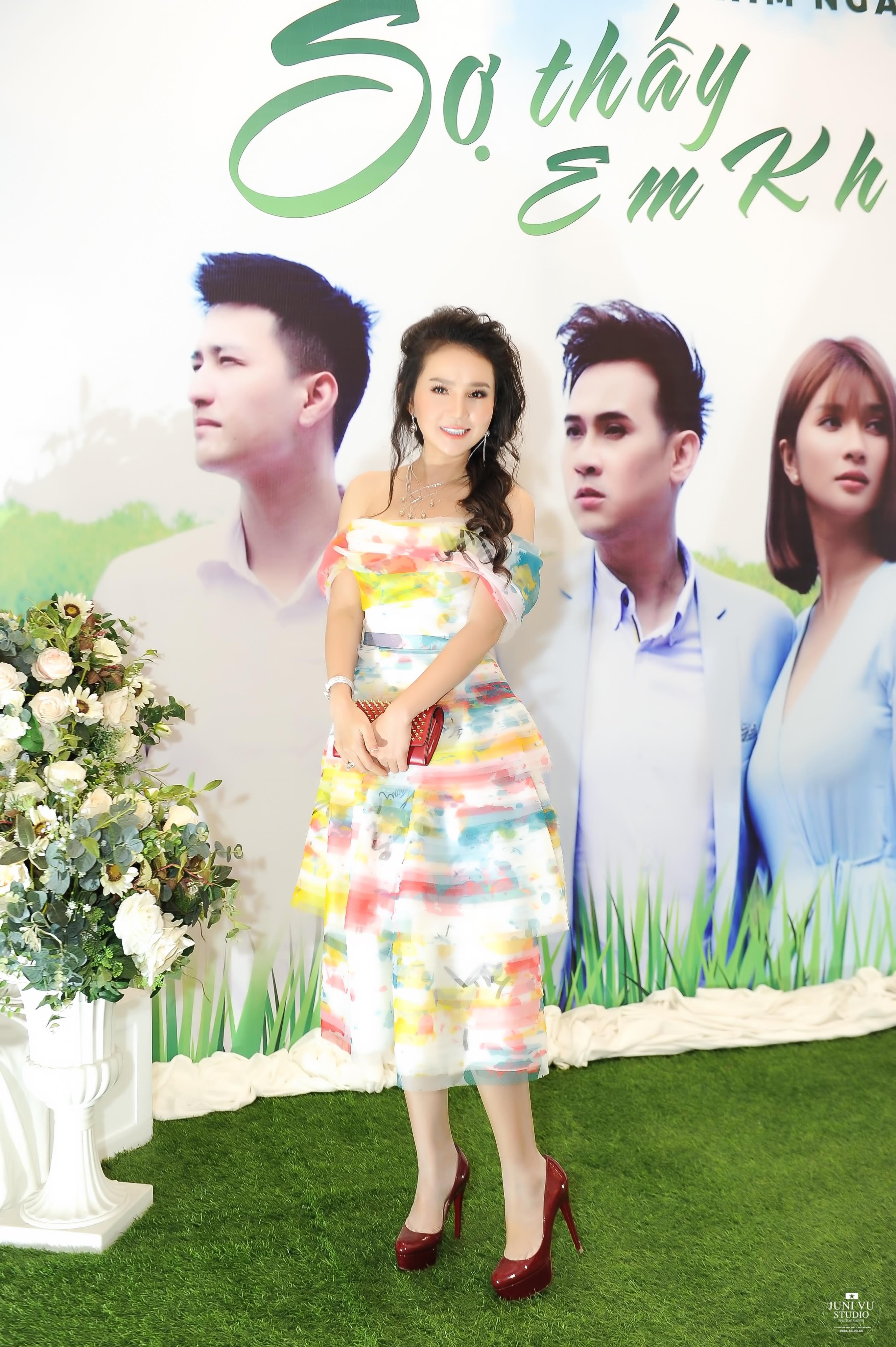 Doanh nhân Bảo Châu cùng diễn viên Luân Nguyễn hết lòng vì người dân nghèo 8