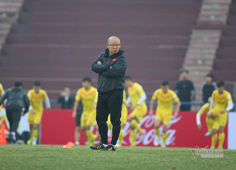 HLV Park Hang Seo dường như vẫn còn khá lấn cấn với danh sách tuyển Việt Nam
