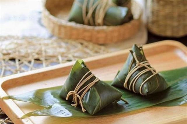 Bánh ú - món bánh phổ biến trong ngày Tết Đoan ngọ.