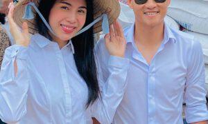 Vợ chồng Thủy Tiên trong một chuyến đi từ thiện.